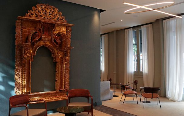 EME Catedral Mercer Hotel: History and Modernity